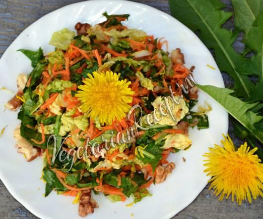 Салат из одуванчиков. рецепты приготовления полезных для организма салатов из одуванчиков