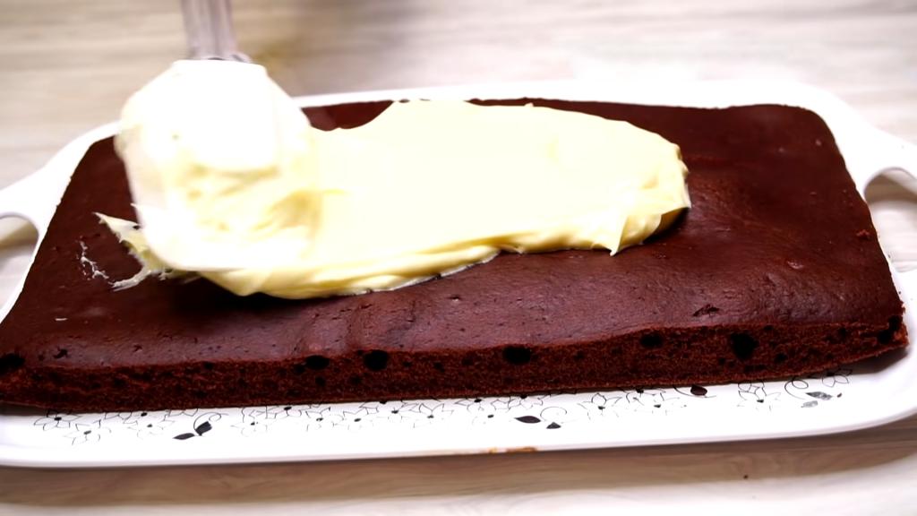 Пирог из замороженной клубники