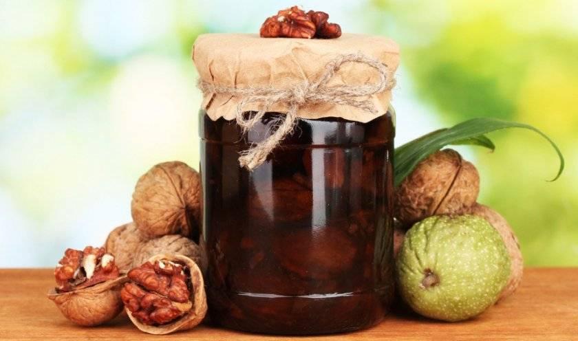 Чем полезно варенье из грецких орехов
