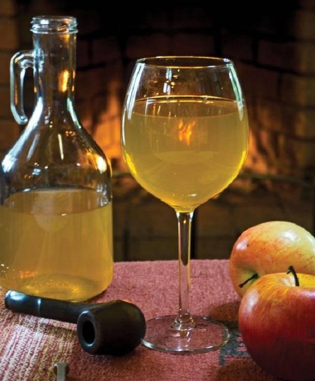 Вино из черноплодной рябины: простой рецепт приготовления