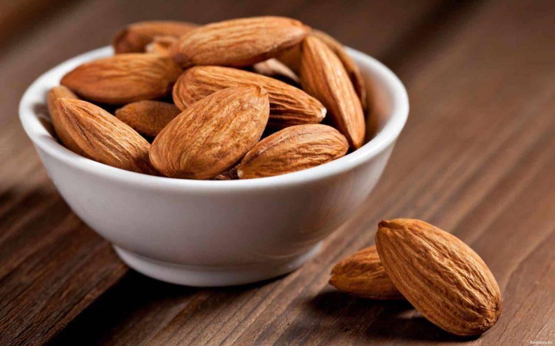 Миндаль орехи: польза и вред