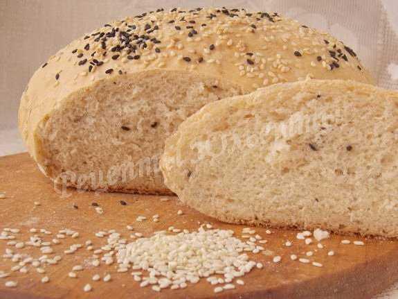 Ржаной хлеб с луком в хлебопечке