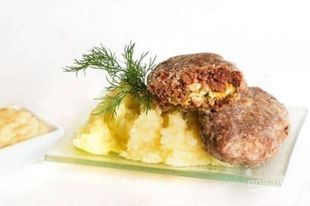 Котлеты с грибной начинкой— нежные мясные зразы