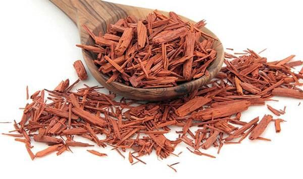 Сандаловое масло: свойства и применение