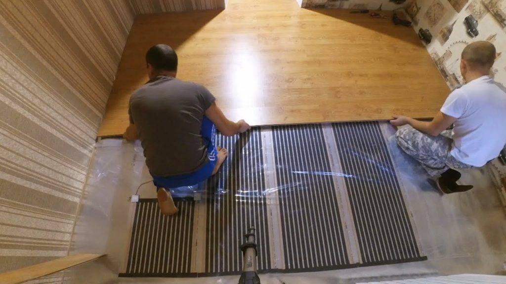 Теплый пол под ламинат на деревянный пол (электрический, водяной)