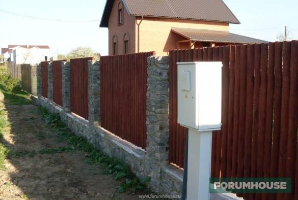 Забор из профнастила своими руками, как сделать, расчет, установка, видео