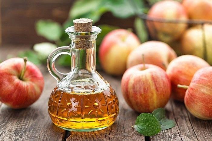 Как правильно пить яблочный уксус и чем он полезен