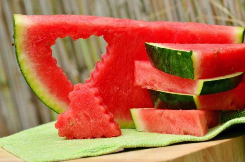 Арбуз это фрукт или овощ