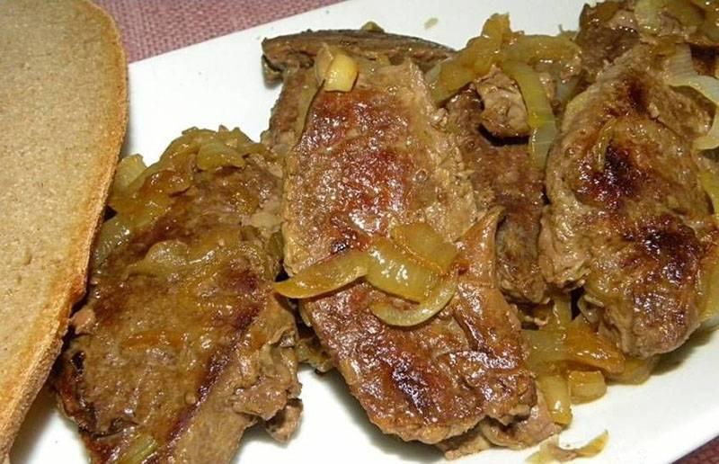 Популярные рецепты печени говяжьей жареной с луком
