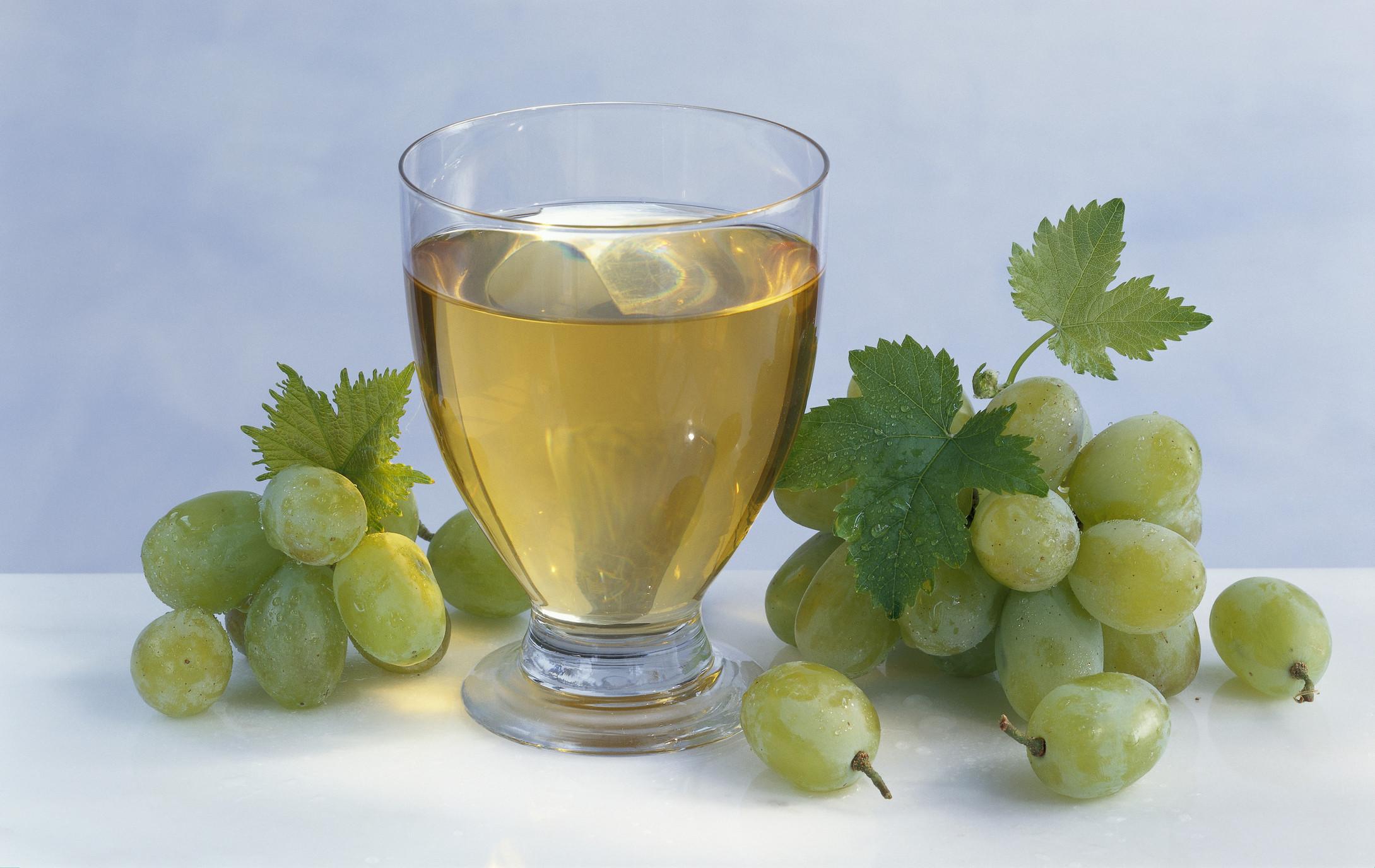 Виноградный сок на зиму – готовим быстро и просто