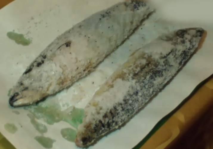 Самый вкусный рецепт приготовления скумбрии в луковой шелухе