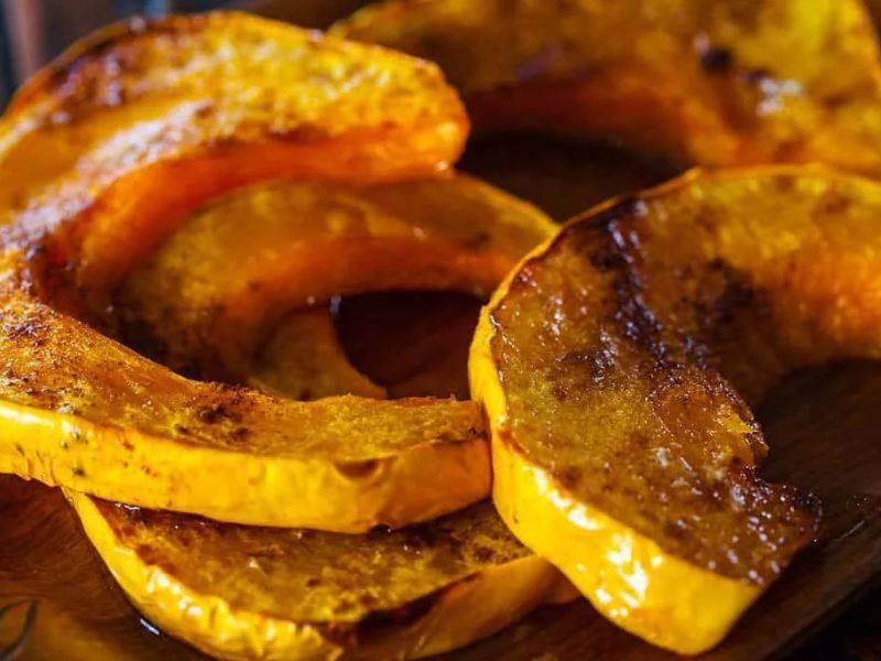 Запеченная тыква в духовке: рецепты приготовления кусочками и целиком быстро, вкусно и просто