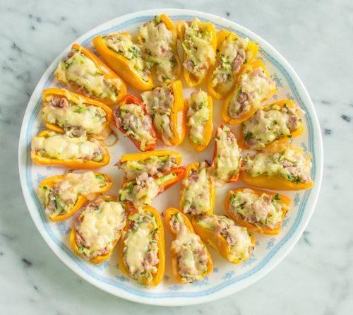 Закуски из слоеного теста: пошаговый рецепт с фото
