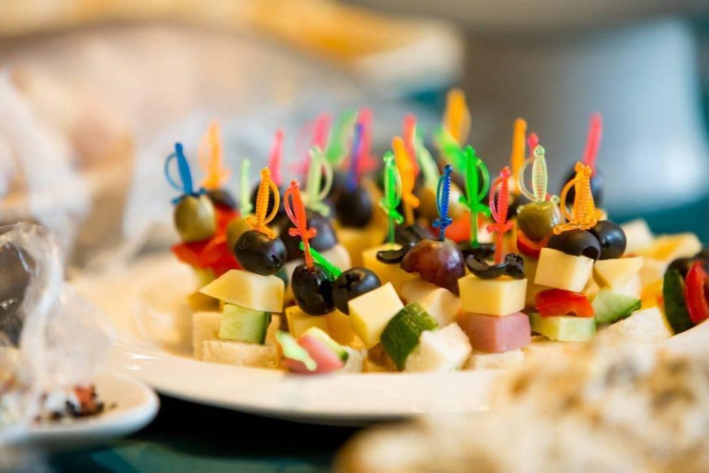 Чем закусывать шампанское брют, полусладкое и сладкое - пошаговые рецепты приготовления блюд и десертов