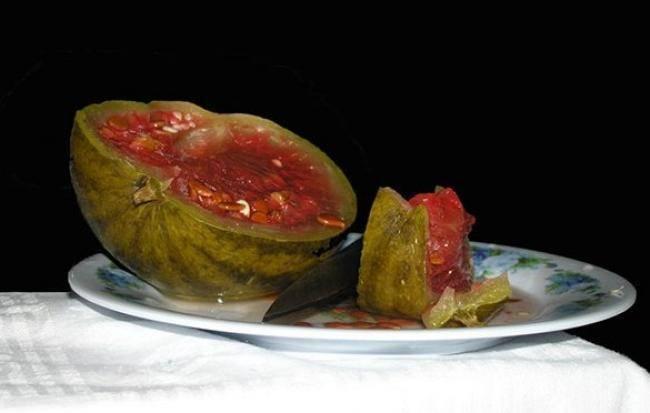 Соленые арбузы в кастрюле: 3 пошаговых рецепта с фото