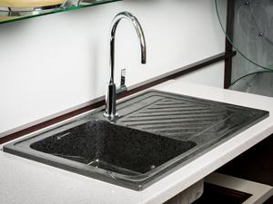 Как правильно выбирать смеситель для вашей кухни: обзор разнообразия вариантов