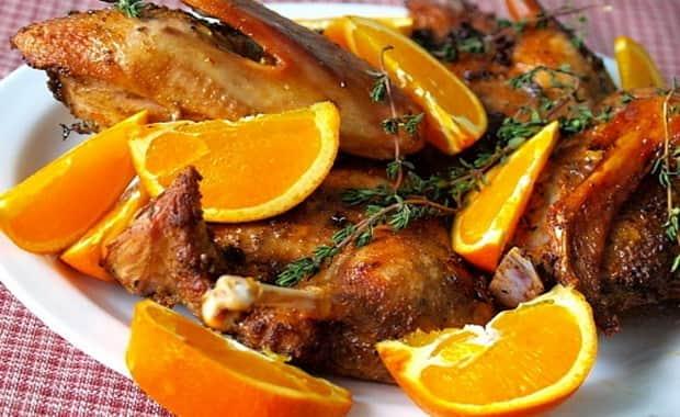 Рецепт утки в духовке целиком и кусочками на все случаи жизни