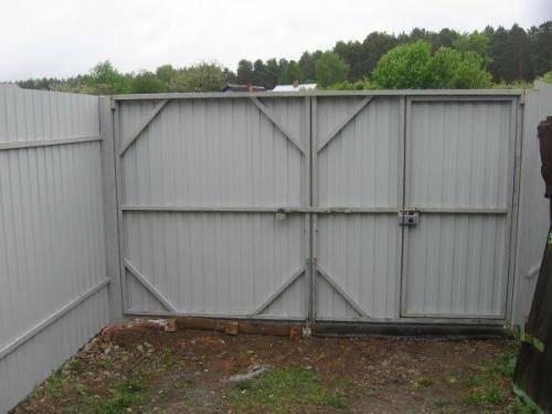 Как сделать откатные ворота своими руками: готовые схемы, расчёт материалов и пошаговая инструкция