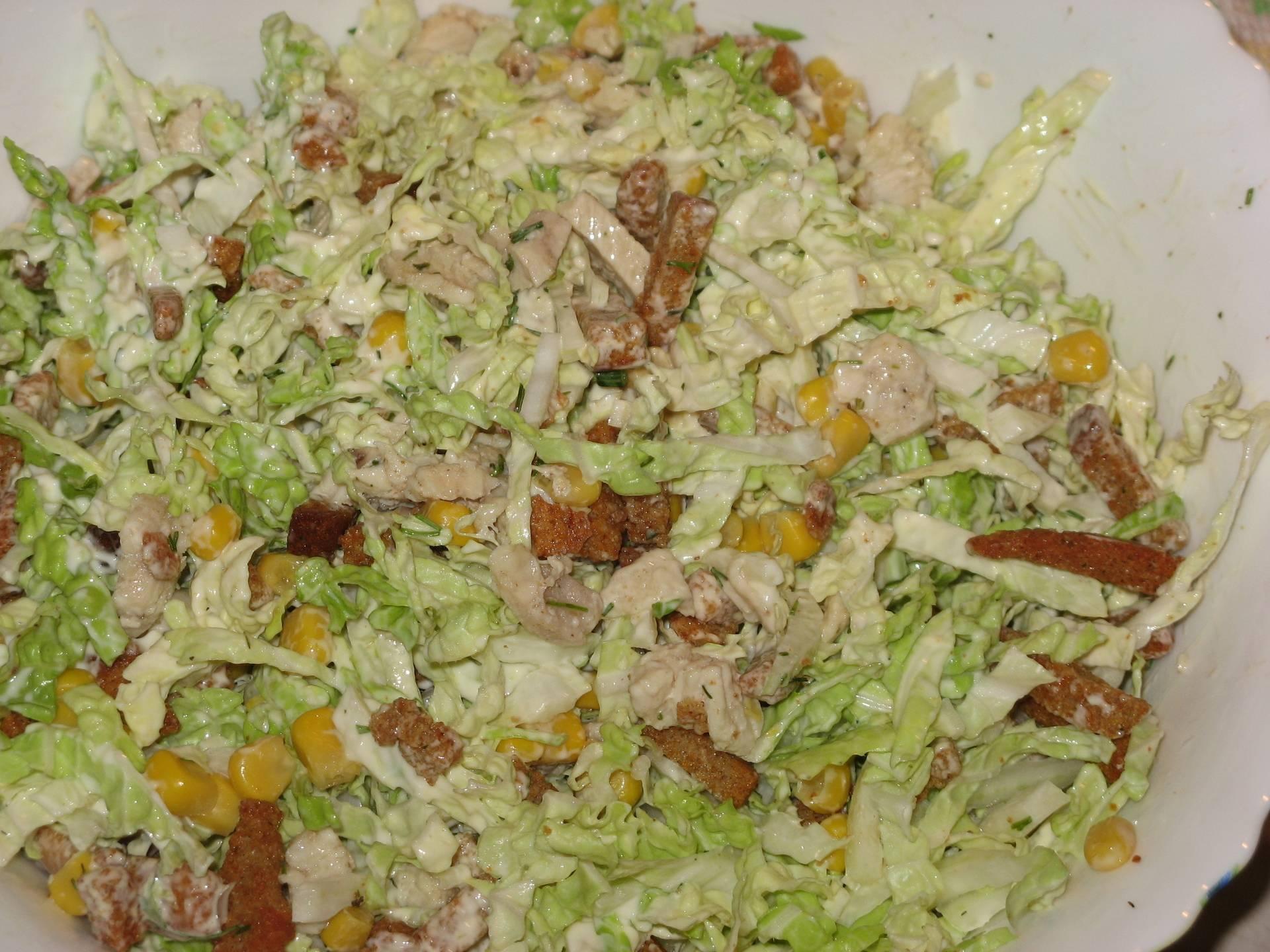 Проверенные временем рецепты салата с кукурузой