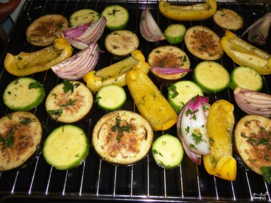 Антипасти в духовке и еще 5+ способов быстро запечь овощи