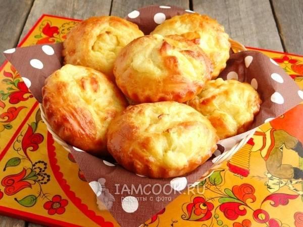Картофельные шаньги из пресного сдобного теста