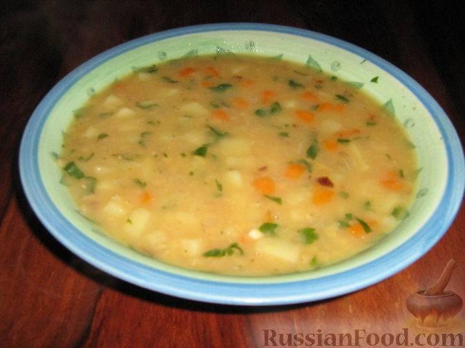 Сытный суп с чечевицей, картофелем и цветной капустой