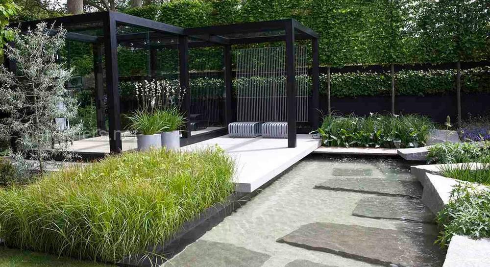 Современный сад в стиле хай-тек