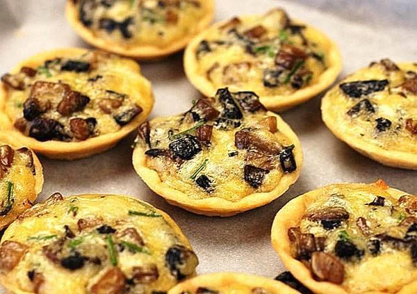 Тарталетки с грибами – 8 рецептов приготовления закуски с грибной начинкой