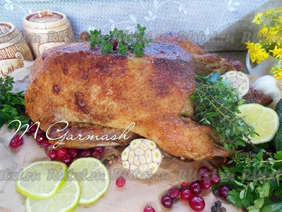 Утка в духовке — сочная и мягкая. простые и вкусные рецепты в домашних условиях