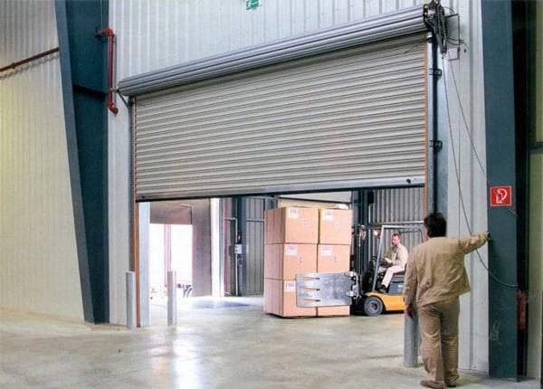 Гаражные ворота рольставни: размеры, цены, особенности конструкции и монтажа. автоматические рулонные ворота с электроприводом установка ролл ворот своими руками