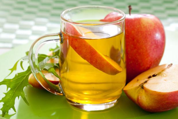 5 уникальных вариантов применения яблочного уксуса при варикозе