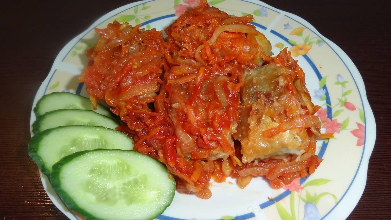 Минтай в духовке с морковью и луком. пошаговый рецепт с фото
