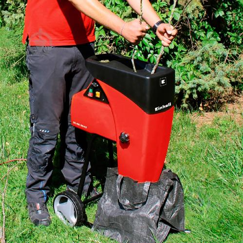 Выбор садового бензинового измельчителя веток: обзор моделей