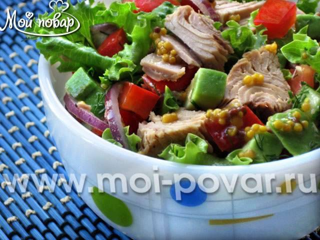 Необычные рецепты салата с рукколой и тунцом