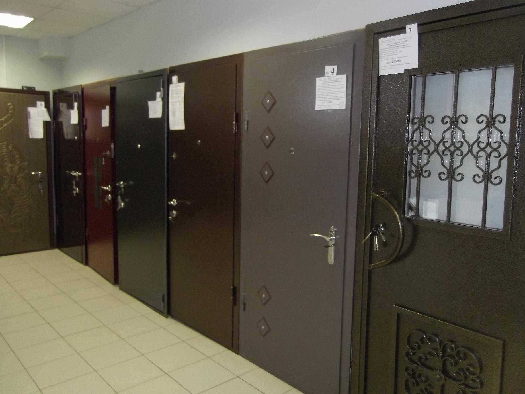Как правильно выполнить установку входной двери в газобетон?