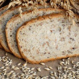 Ржано-пшеничный хлеб в хлебопечке, духовке, мультиварке, на закваске, калорийность, видео
