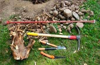 Выкорчевывание пней на даче, как легко избавиться от остатков дерева
