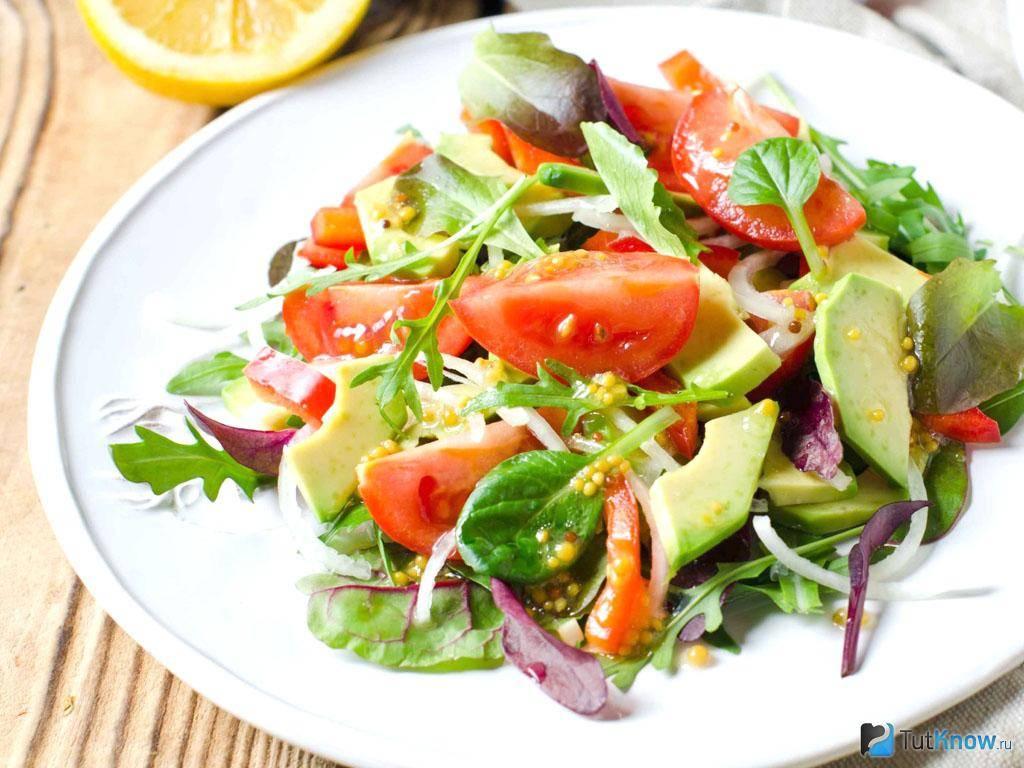 Салаты из авокадо: 5 самых популярных и вкусных рецептов
