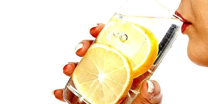 Вода с лимоном и медом: польза и противопоказания