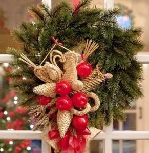 Вместо елки: какие растения и деревья украшают на новый год в разных странах мира