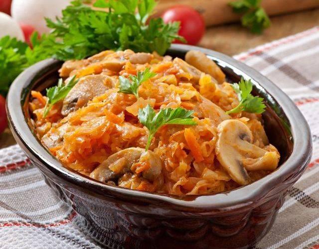 Капуста с фаршем тушеная на сковороде – сочное блюдо. как приготовить капусту с фаршем тушеную на сковороде