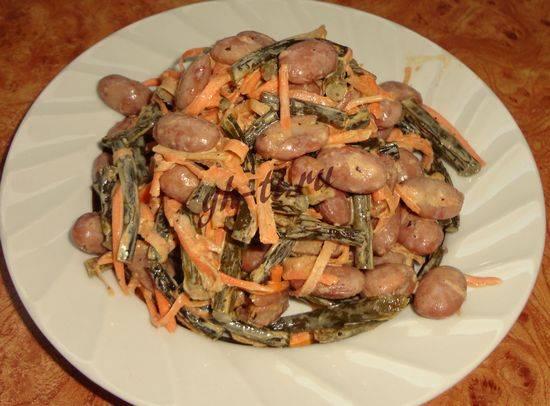 Салат из чесночных стрелок – оригинальная вкусная закуска