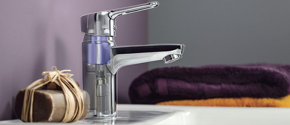 Как правильно выбрать и самостоятельно установить смеситель для воды на кухне?