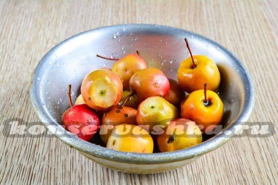 Готовим компоты из свежих яблок на зиму