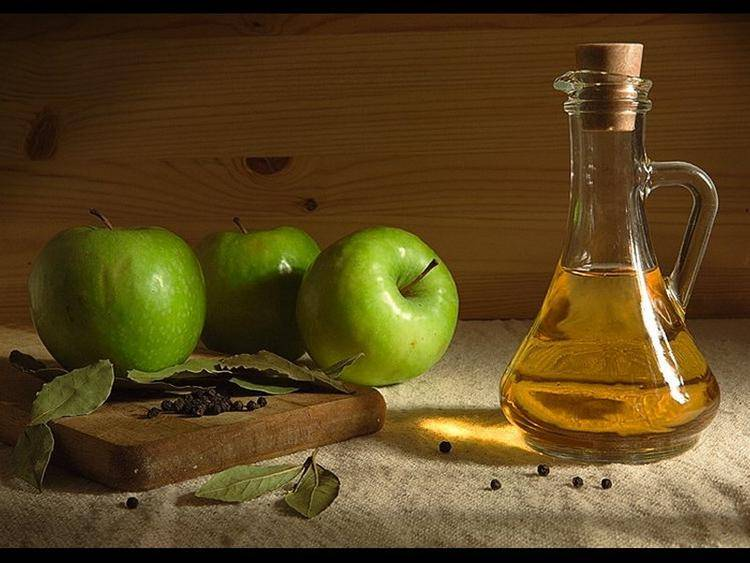 Чем полезен яблочный уксус, лечебные свойства, рецепт, как принимать