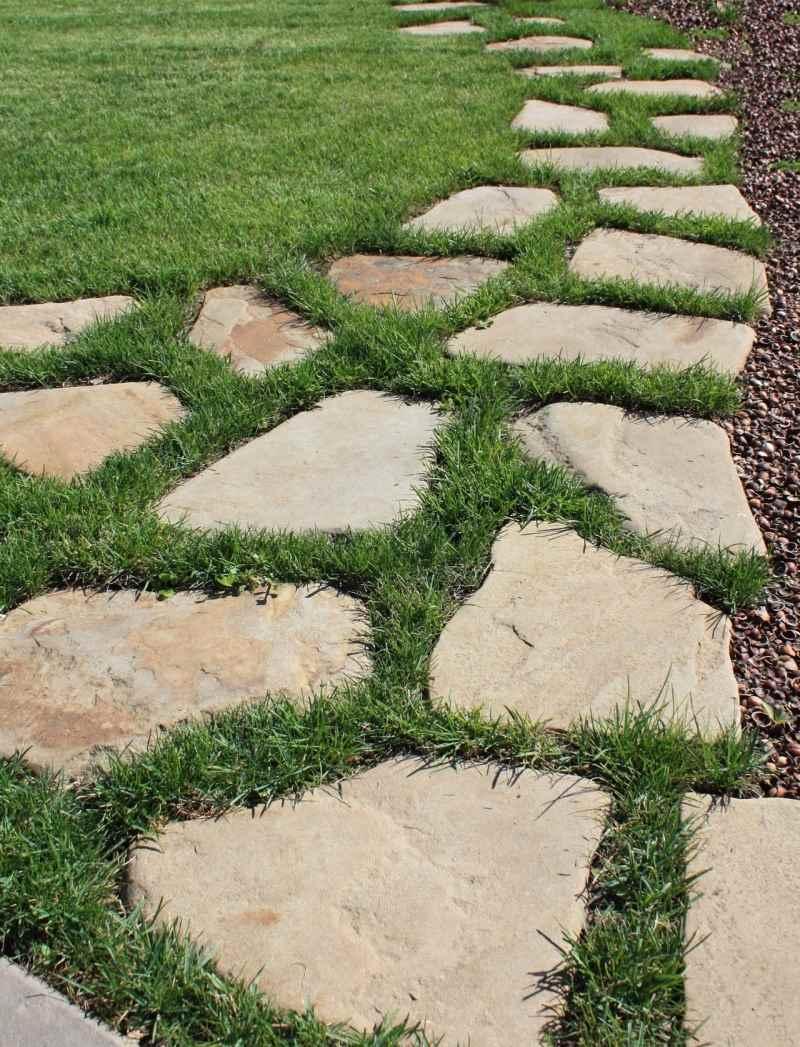 Рулонный газон — укладываем правильно. шаг за шагом.