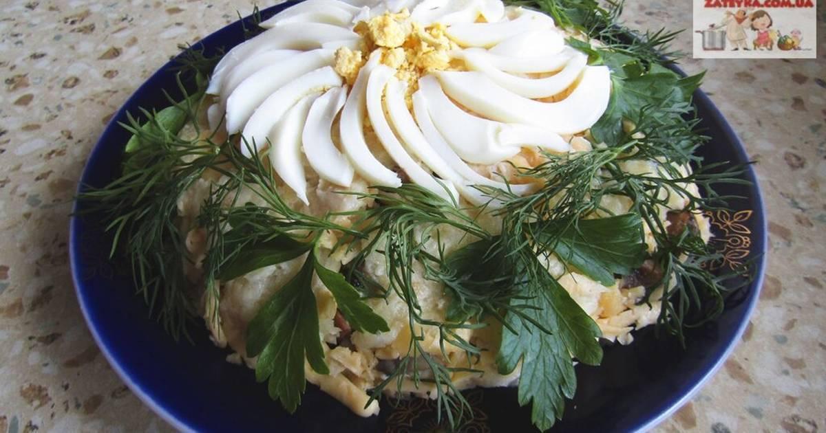 Изысканные рецепты салатов с ветчиной и грибами