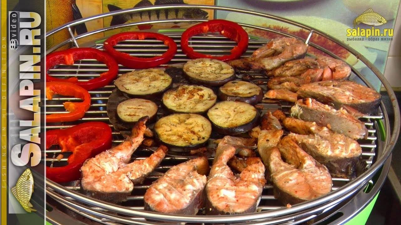 Стейк рыбы на сковороде гриль