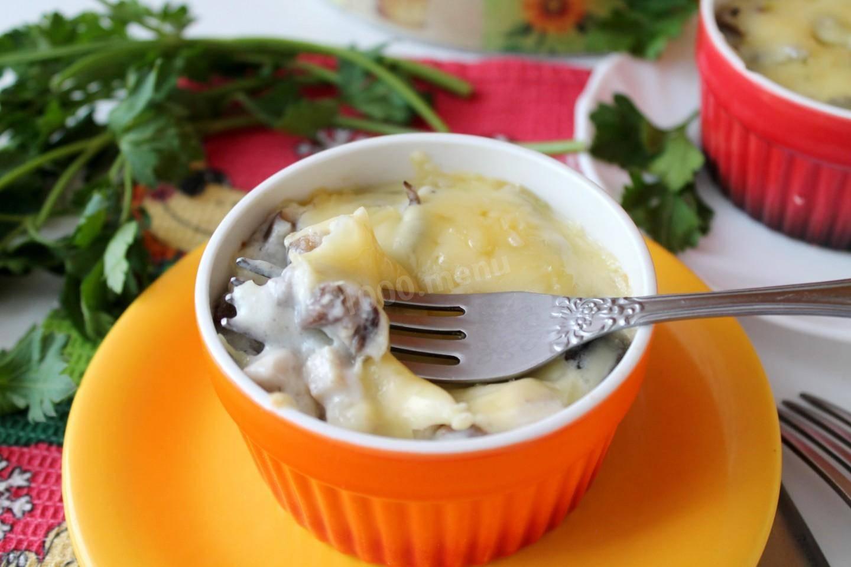 Жульен с курицей и грибами (7 рецептов)