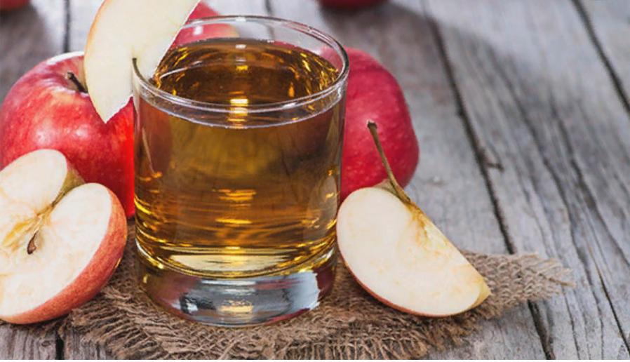 Свежевыжатый яблочный сок, польза и вред, противопоказания
